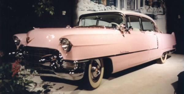 Cadillac Элвиса Пресли уйдет с молотка в Зальцбурге
