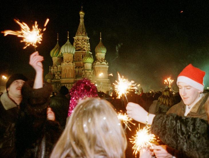 Как выглядела Россия в первые 10 лет после развала СССР