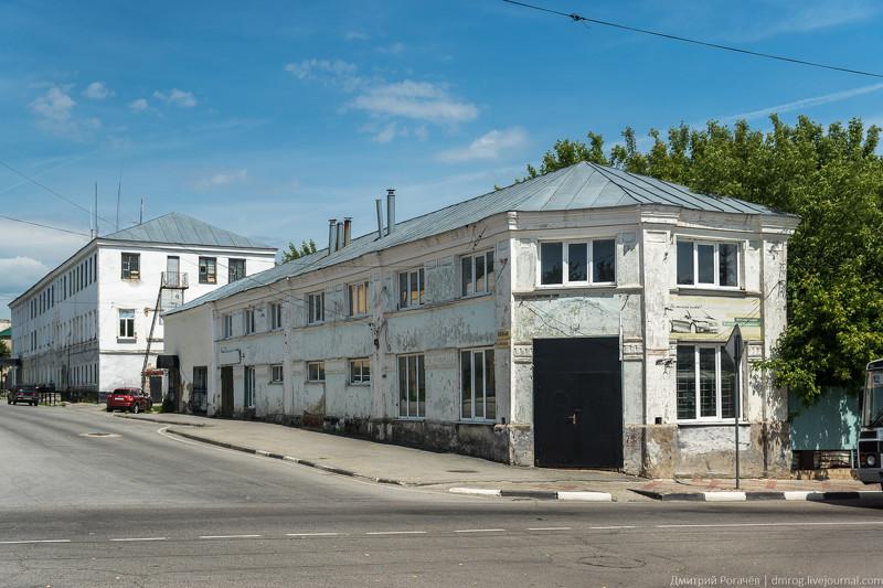 Наличие большого числа очень старых домов стало для меня откровением. Елец, прогулка, фото