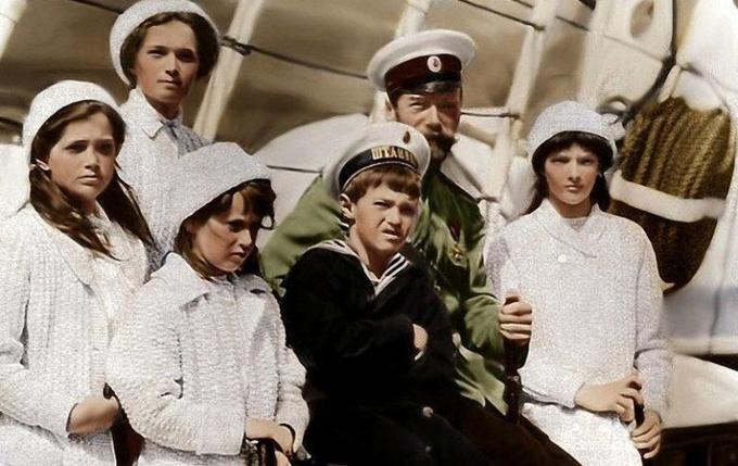Сколько было расстрелянных Романовых, которые «чудом выжили»