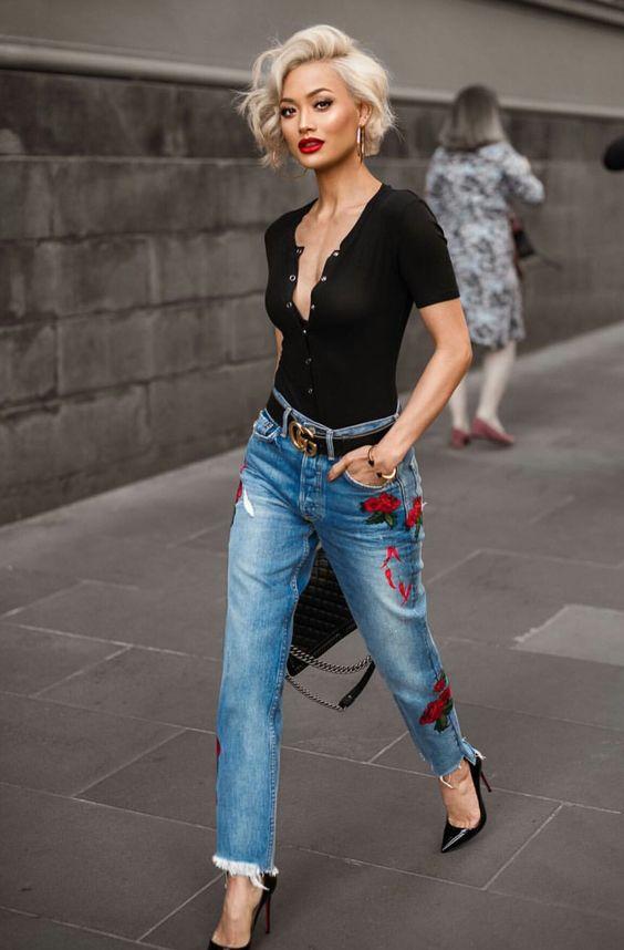Будь в тренде: 20 стильных вариантов модных джинсов весна-лето 2017