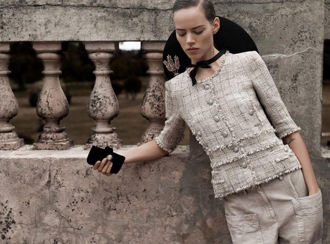 Культовая вещь: твидовый жакет Chanel