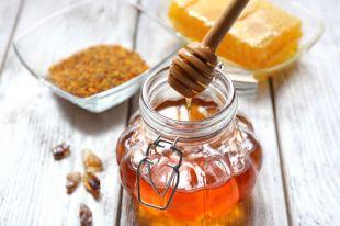 Дорогое лакомство. Что продают под видом мёда икак распознать подделку?