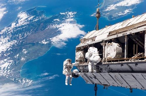 Астронавт с МКС: «Есть и другие формы жизни в космосе»