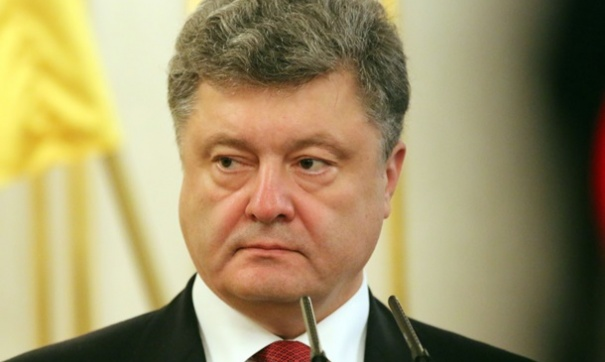 Украинские СМИ впервые опубликовали свидетельства коррумпированности Порошенко