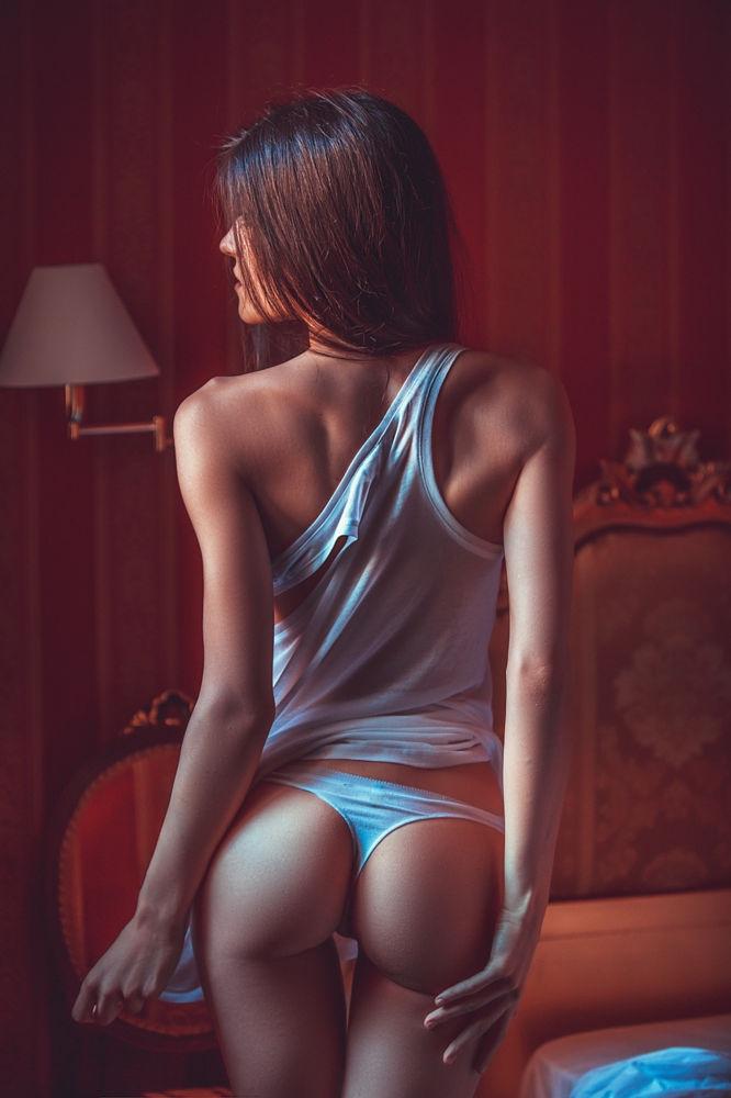Красивые девушки в подборке фотографий