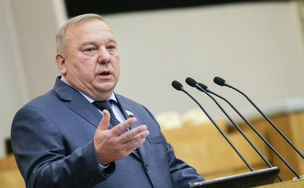 Шаманов: Поставка летального оружия наУкраину «взорвет» ситуацию встране