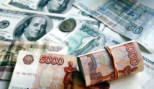 «Алроса» впервые продала алмазы иностранным клиентам за рубли