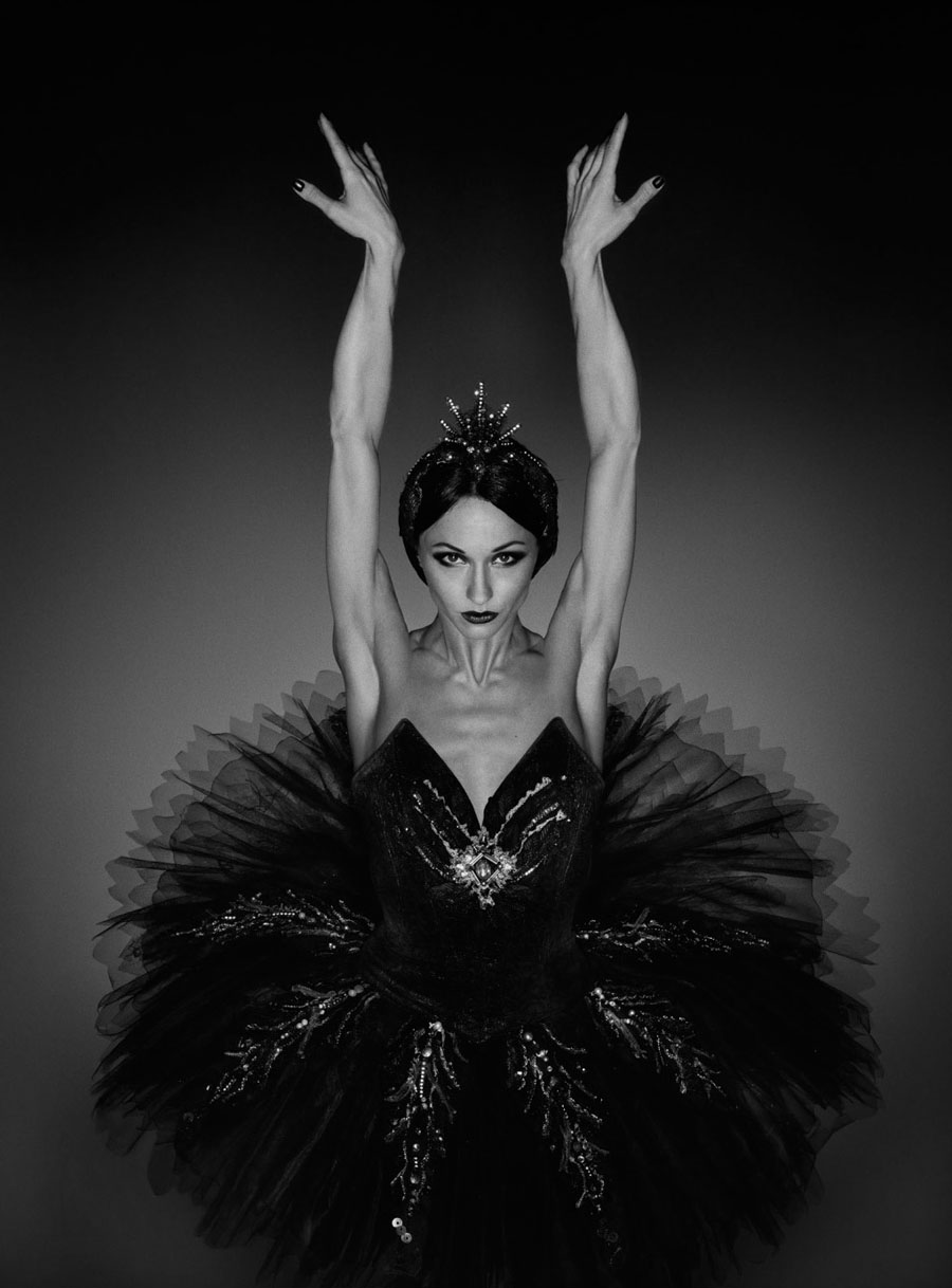 Чтобы заниматься танцем, вам нужно любить его. Photographer Erwin Olaf