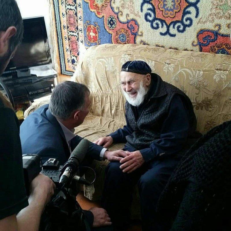 Выбор старца. Самый пожилой россиянин проголосовал на выборах Президента в Ингушетии