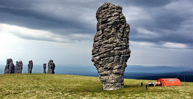 Маньпупунер: каменные великаны