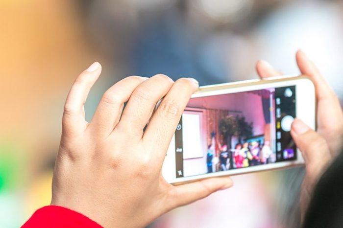 Смартфон-фотокамера.