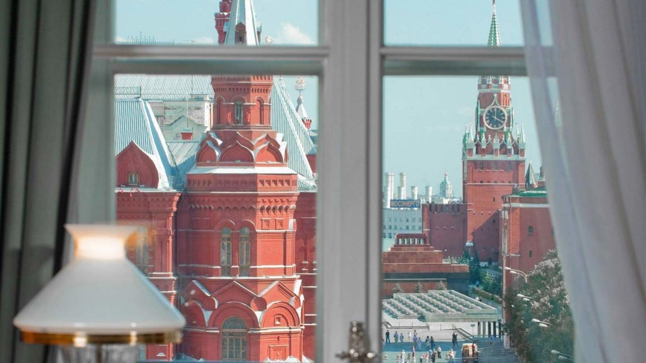 Квартира с видом на Путина – всего за 3,7 миллиарда рублей