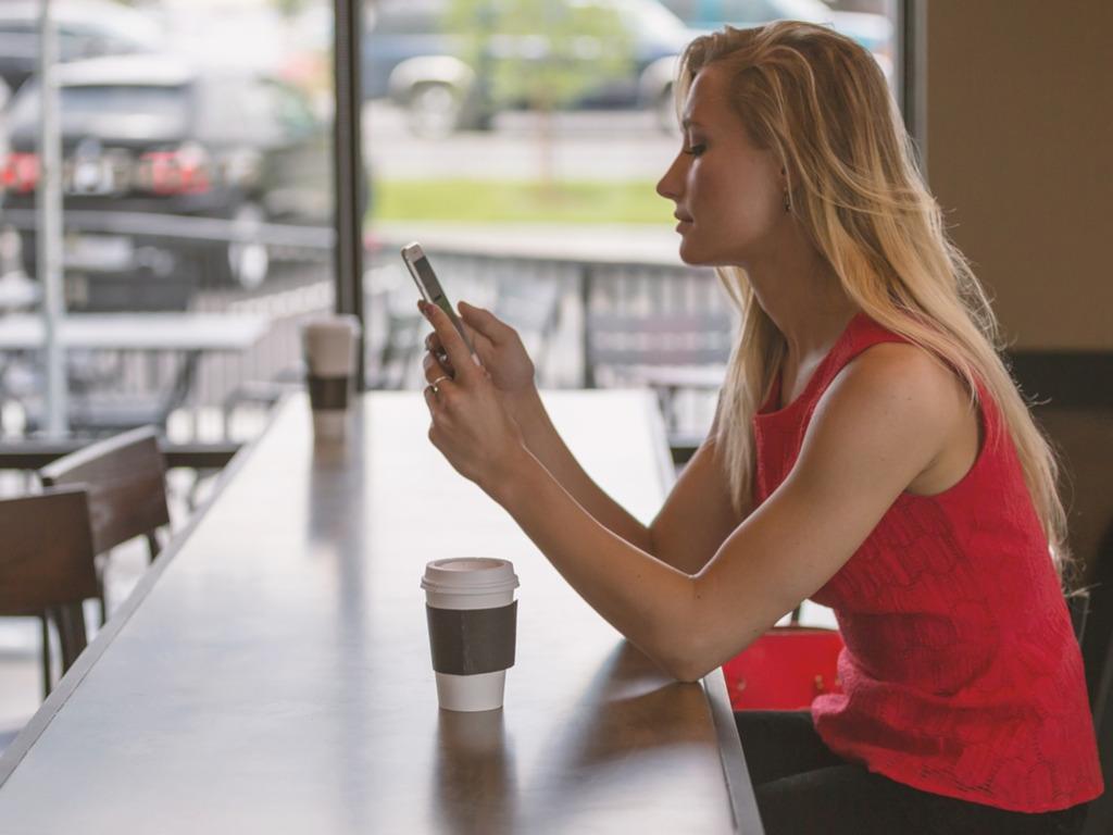 Рассадник опасных инфекций: как смартфон может загубить ваше здоровье