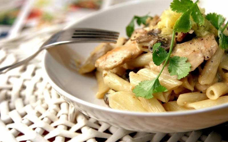 Макароны с грибами - быстро, просто, сытно и вкусно!