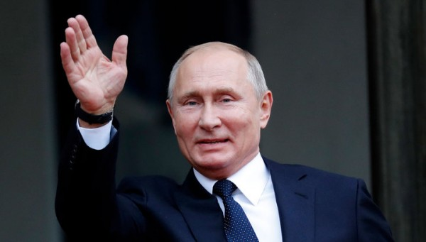Путин с Шойгу сыграл в хокке…
