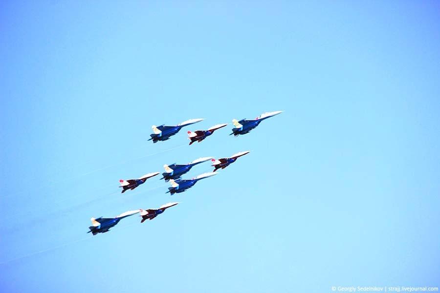 В Севастополе прошло масштабное авиашоу