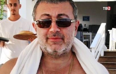 Следствие попросило отпустить из СИЗО сестер Хачатурян