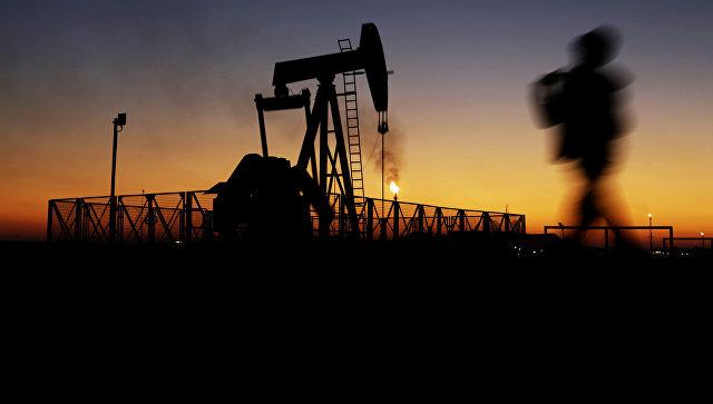 Саудовская Аравия и РФ хотят на 9 месяцев продлить соглашение по сокращению добычи нефти