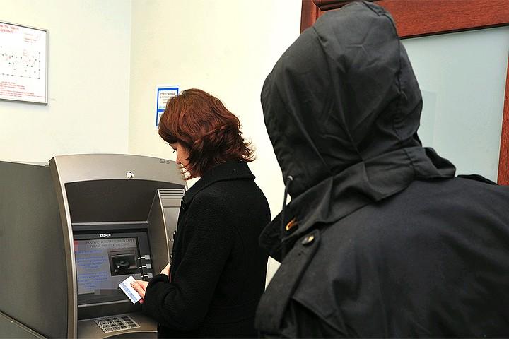 В Москве вынесли приговор грабителям, караулившим людей у банков и обменников