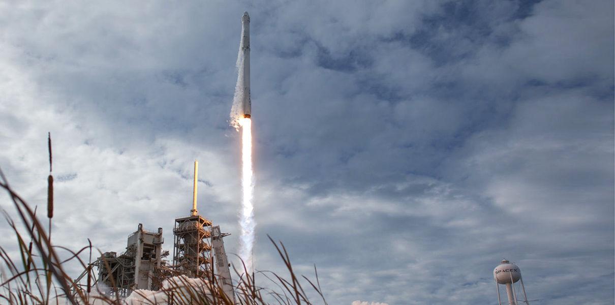 SpaceX осуществила первый повторный запуск корабля Dragon
