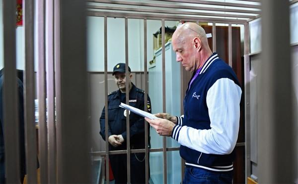 Суд отправил под стражу на д…