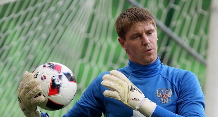 Пять вратарей, которые могут заменить Акинфеева в сборной России