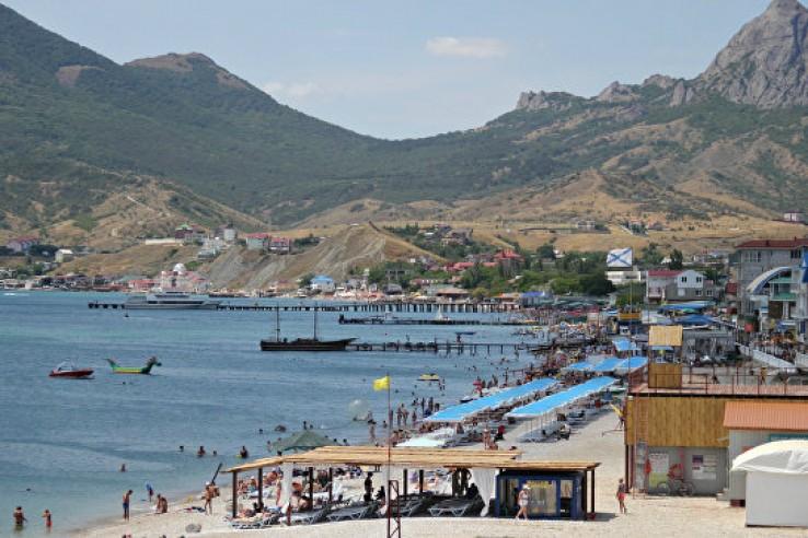 В Крыму расторгли договоры с…