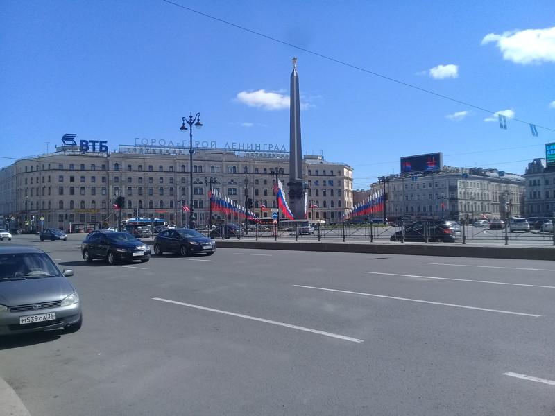 Прогулки по праздничному Петербургу