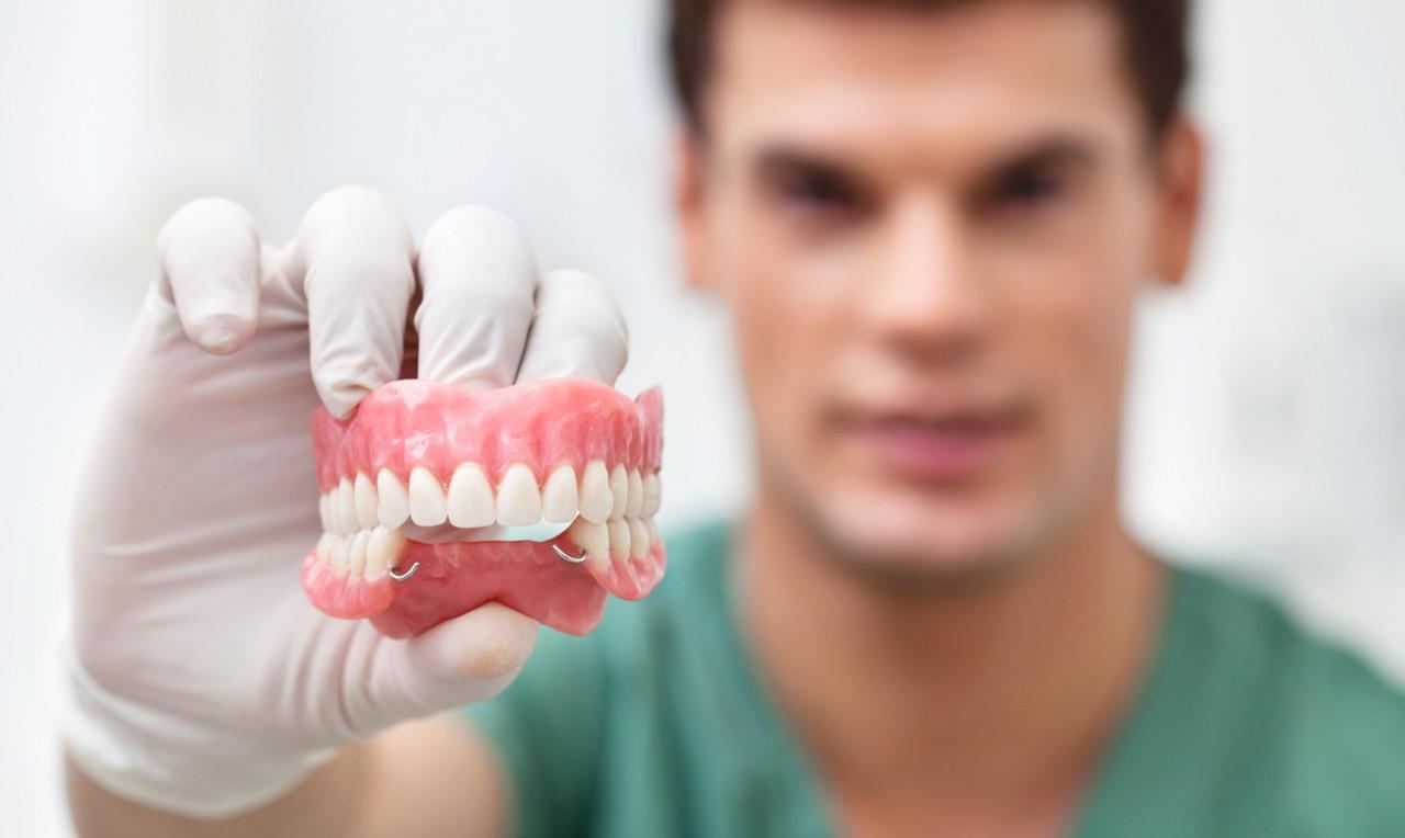 Преимущества имплантации перед протезированием