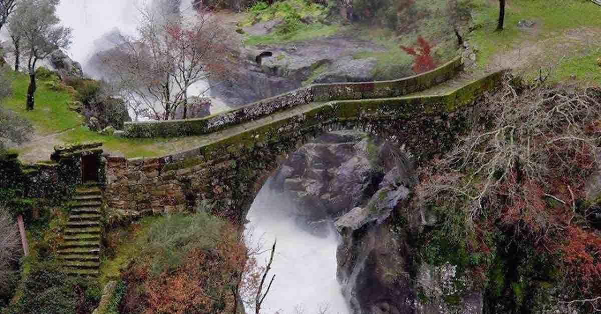 Старинные загадочные мосты всего мира