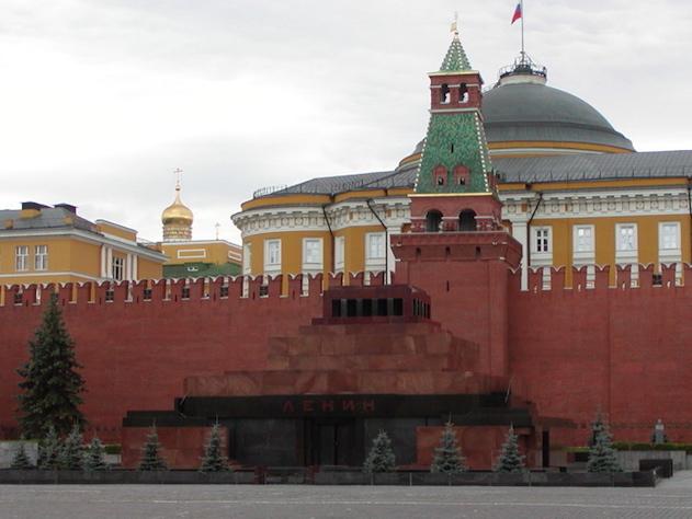 «Ленин жив»: как соцсети отрегировали на курьезное фото из Мавзолея