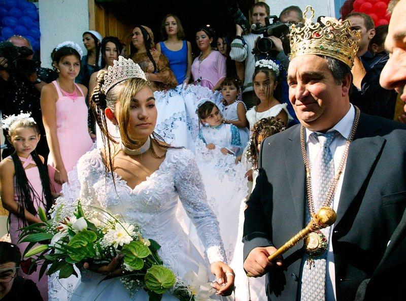 Цыганские свадьбы и похороны: кич, блеск и страсти! прикол, традиции, цыгане, юмор