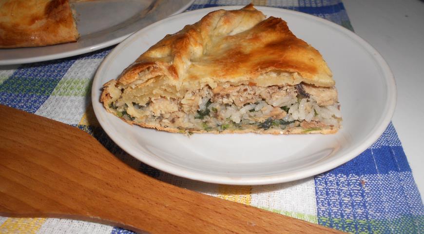 Пирог с рисом, сардинами и крапивой 2