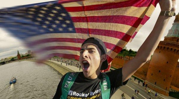 Активисты под прикрытием. Как США создают в России новую агентуру влияния