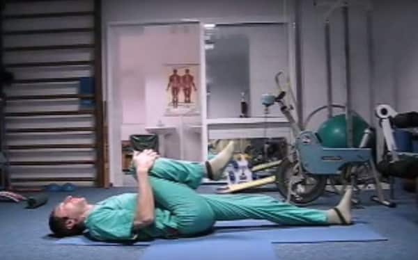 Хирург отговорил меня от операции и посоветовал делать эту зарядку! И ведь помогло!