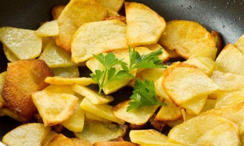 Как правильно жарить картошку