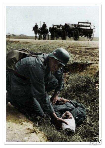 Солдаты 73-ей пехотной дивизии Вермахта после рукопашного боя в Новороссийске. Сентябрь 1943г.