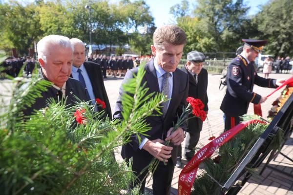 Память погибших сотрудников полиции почтили в Приморье