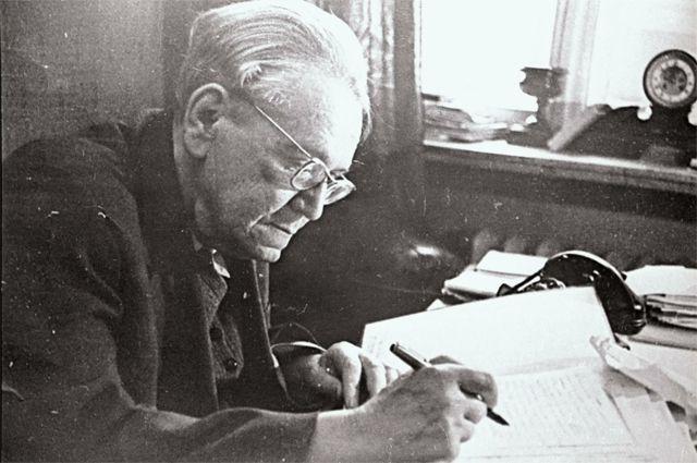 «Дед встал за Чуковского горой». Внук – о непростой жизни Самуила Маршака
