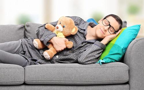 """""""Это вредно для здоровья!"""", ученые назвали самую опасную позу для сна"""