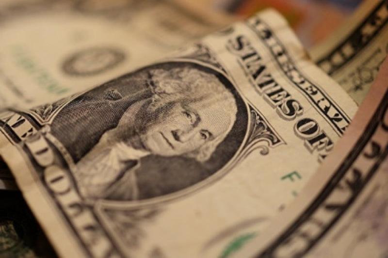 Как доллар сохраняет свое господство