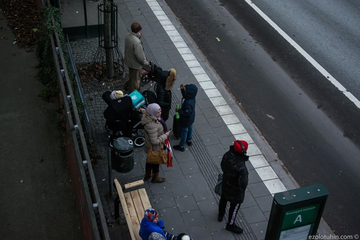 Фотопрогулка по самому криминальному району Швеции: как это страшно