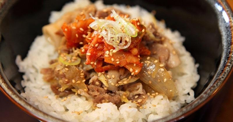 Мясо по-японски — непревзойденное сочетание говядины и капусты с маленьким секретом