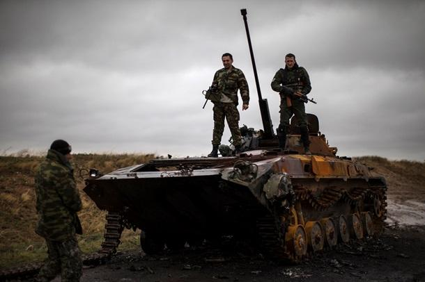 Силовики сотрудничают с ополчением; морпехи ВСУ восстали против командиров