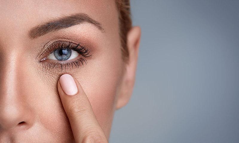 Приводим в действие омолаживающие точки на лице и шее