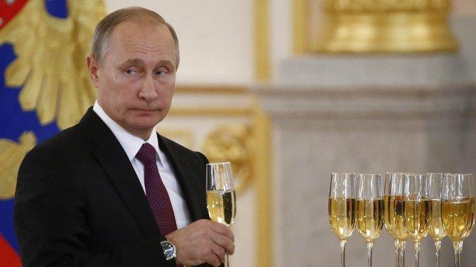 Истерика на Западе: Путин ра…