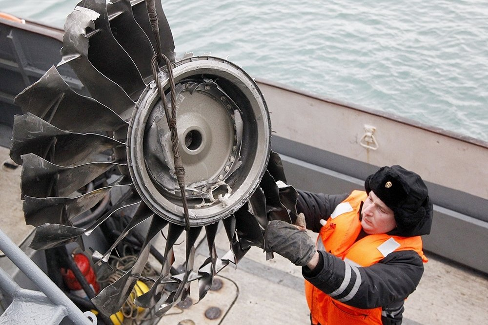 Названа причина гибели военного Ту-154 возле Сочи