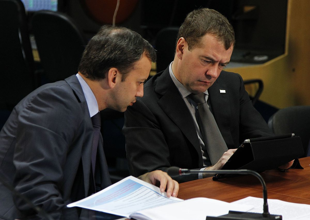 Решающий удар по Дворковичу. И по Медведеву?
