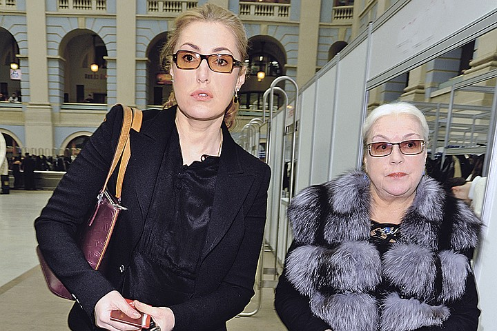 Мария Шукшина попросила Госдуму разобраться со своей старшей сестрой
